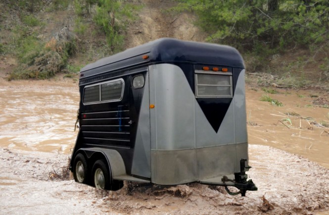 trailer sinking in mud